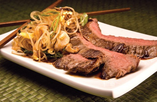 Flank-Steak-&-Thai-Noodles