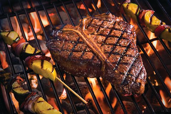 Diamond grill marks on a steak