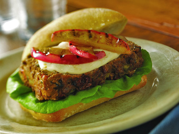Smoky Meatloaf Sandwich with Apples
