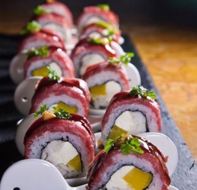 Steak sushi